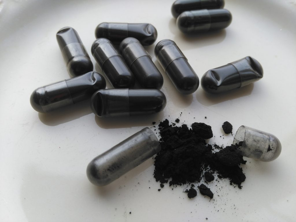 activated charcoal capsule for teeth whitening