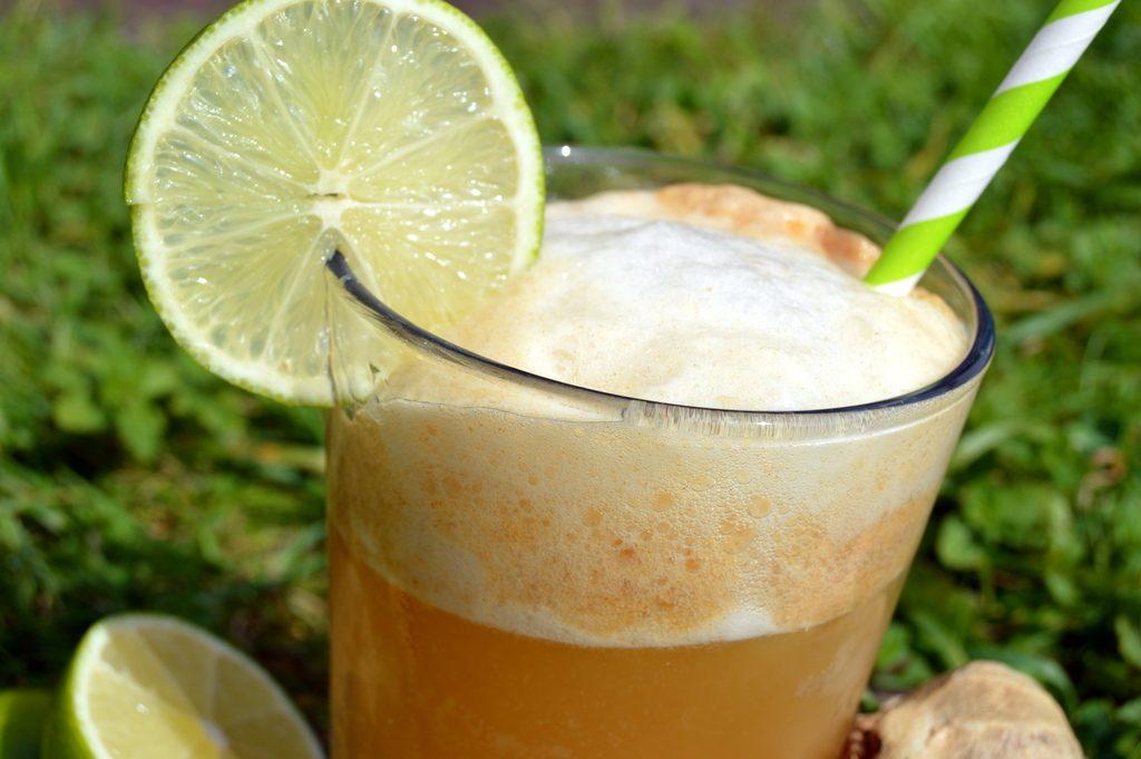 Sparkling quick ginger beer