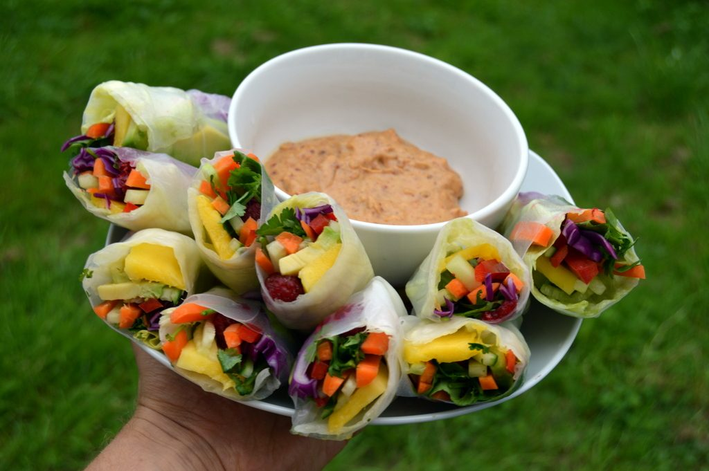 Summer rolls & Zesty sauce