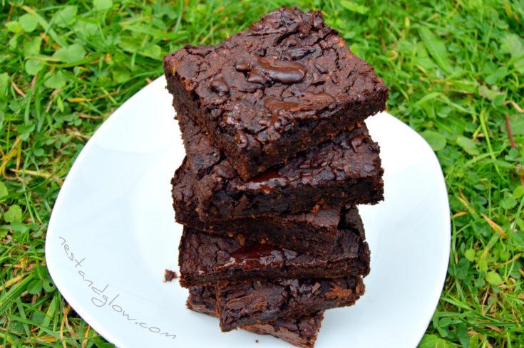 Healthy Chocolate Fudge Mung Bean Brownies
