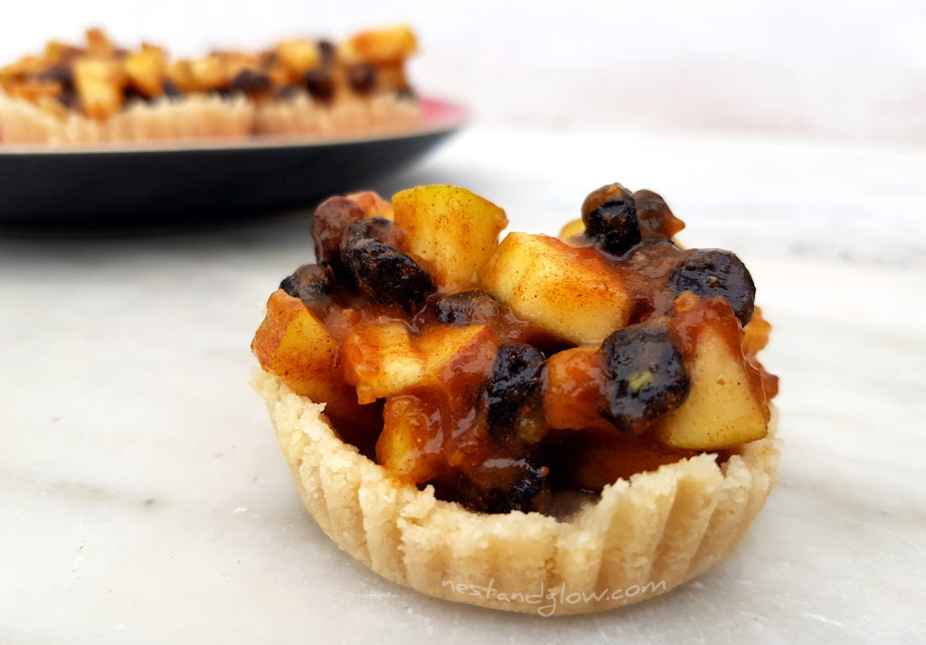 Delicious Easy Vegan Raw Mince pie