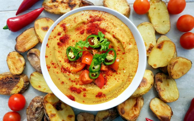 Light Vegan Queso Dip