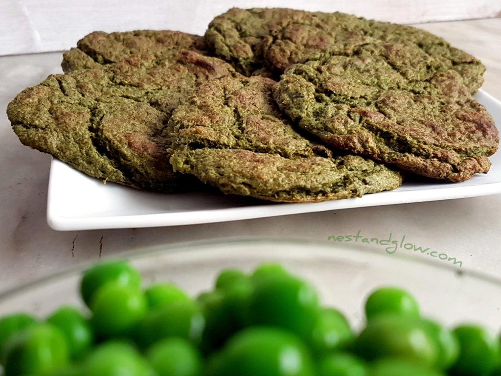 Green Pea cookies with bananas and oats