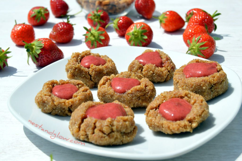 Raw Strawberry Thumbprint Cookies Recipe