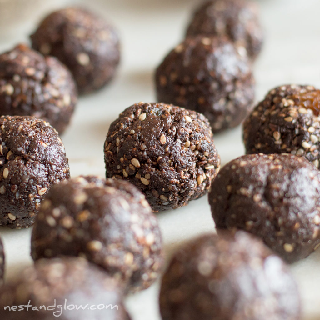 raw vegan chocolate halva