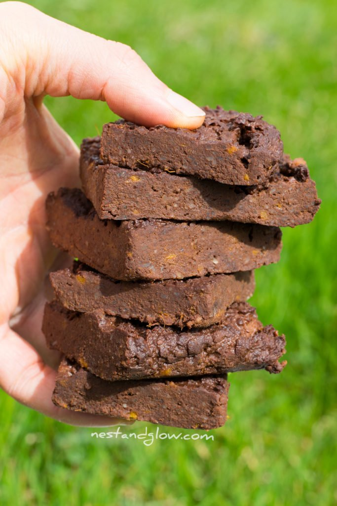 a handful of easy healthy brownies