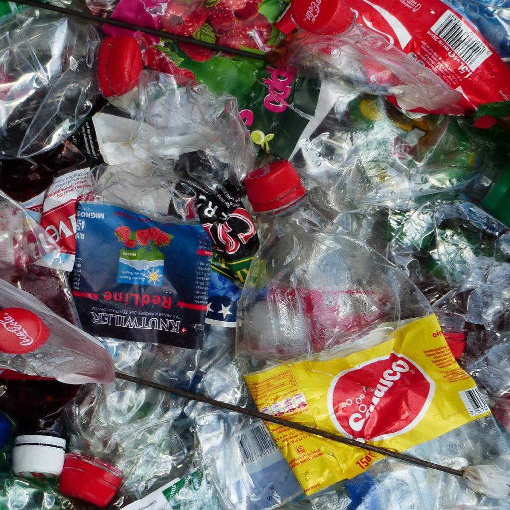 micro plastics- n water bottles