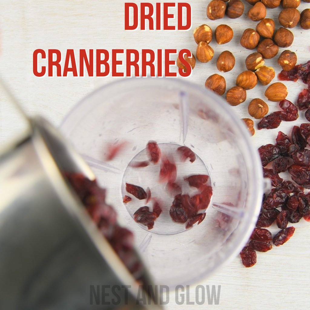 dried cranberries that are sweetened with apple or pineapple juice